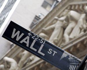 Wall Street chiude contrastata: buone notizie solo da Intel