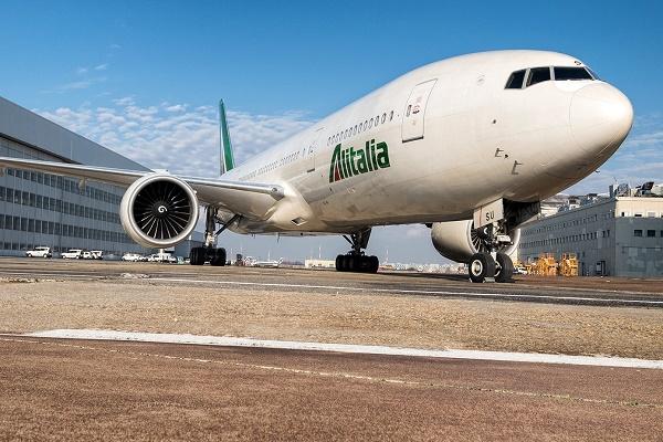 Alitalia, modifiche piano industriale crescita esuberi