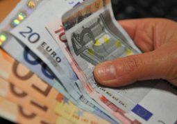 Istat, inflazione gennaio sale all'1%