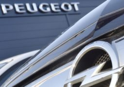 Peugeot acquisisce Opel da General Motors