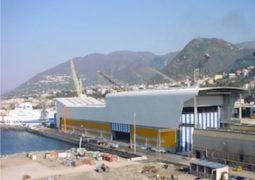 Fincantieri: i sindacati approvano il piano per riammodernare il cantiere di Castellammare