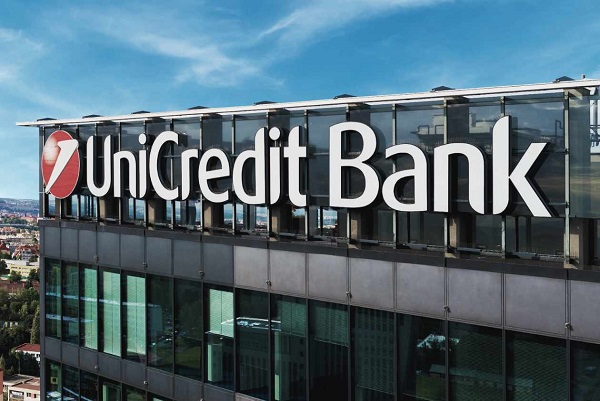 unicredit pronta ad esuberi