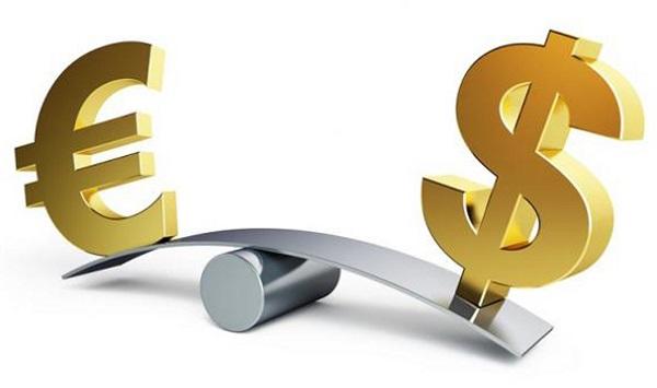 dollaro e euro cross in calo
