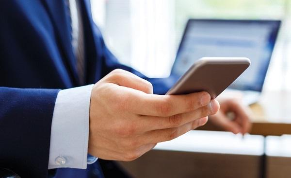 pericolo tassa su cellulari aziendali