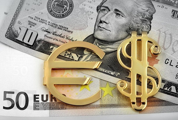 cross euro dollaro in tendenza ribassista