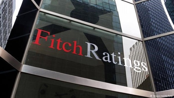 italia in recessione per fitch
