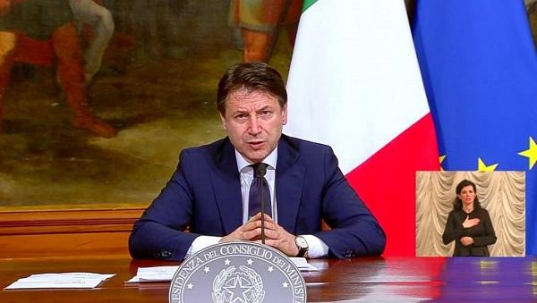 giuseppe conte presenta decreto rilancio